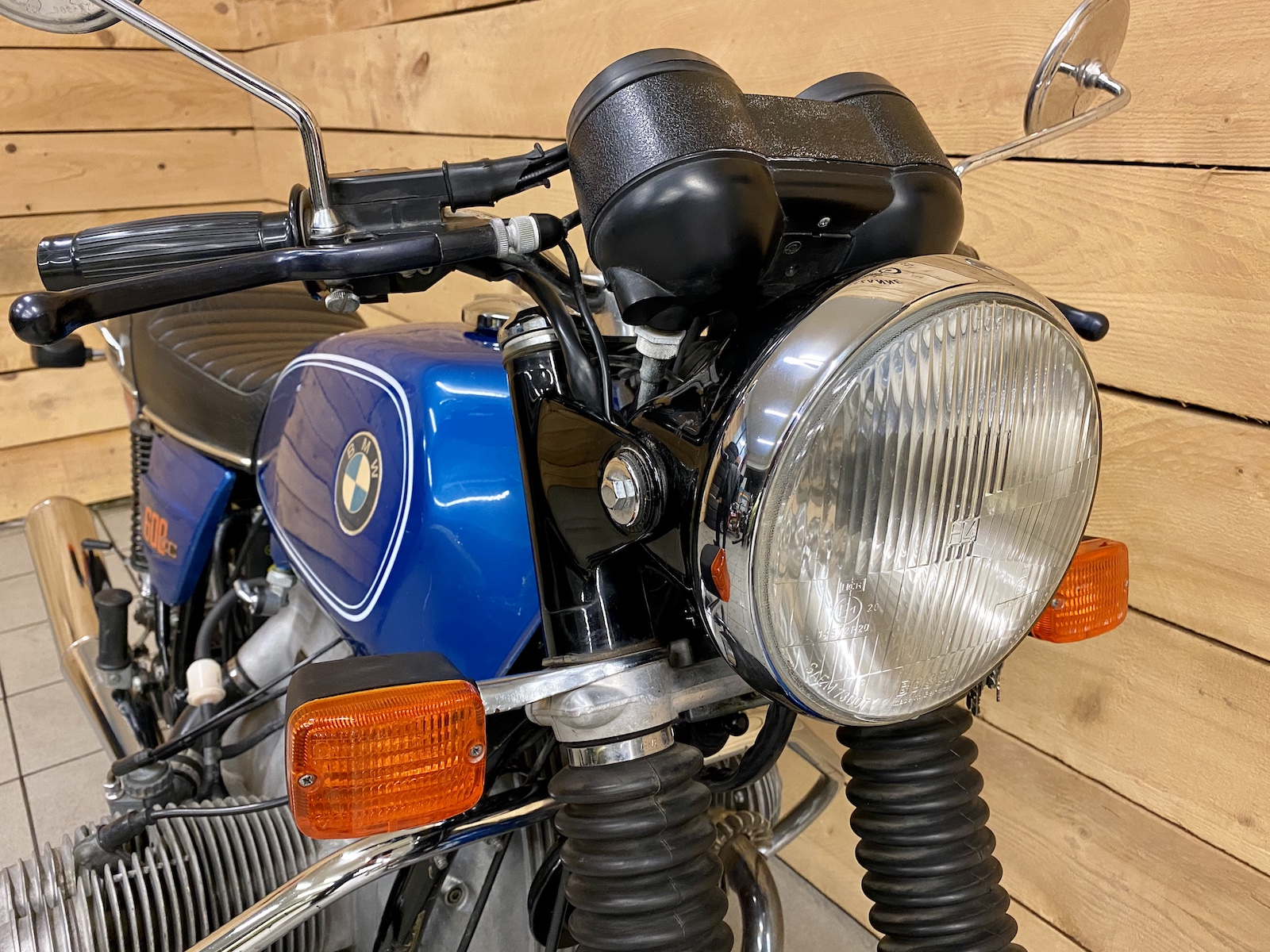bmw_r60_676_cezanne_classic_motorcycle_7-80.jpg